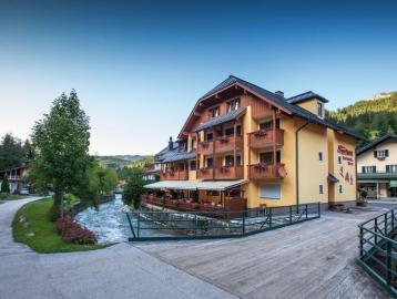Sporthotel Dachstein West***