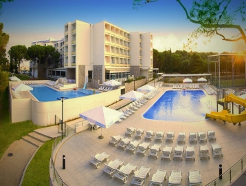 Hotel Adria - Biograd na Moru***
