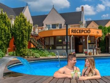 Relax Hotel Hévíznél