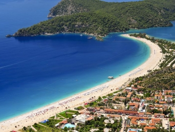 Rebin Beach Hotel***