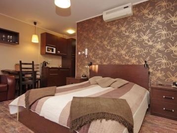 4 Ász Deluxe Apartman