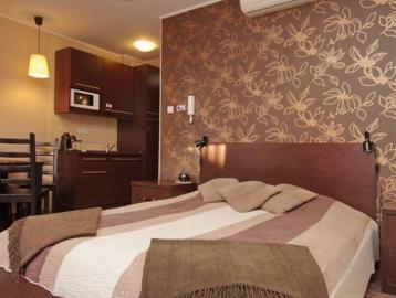 4 Ász Deluxe Apartman Gyula