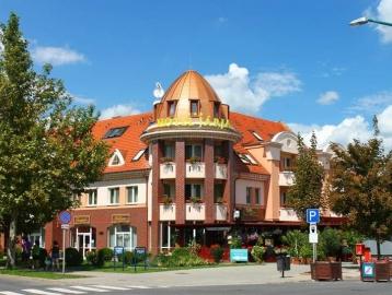 Hotel Járja***