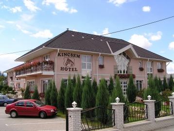 Kincsem Wellness Hotel Kisbér***
