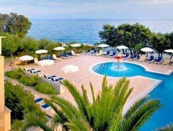 La Luna Hotel****