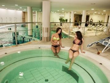 CE Plaza Hotel****