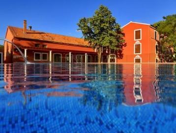 Hotel és Depandance Villa Donat****/***