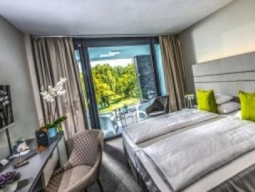 Open Hotel****