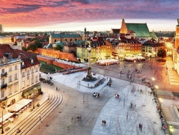 A&O Hotel Warschau Wola Varsó