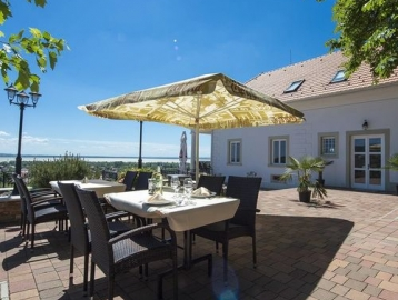 Zenit Hotel Balaton Vonyarcvashegy****